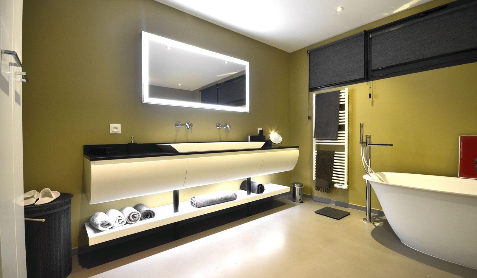 salle de bain nantes affordable maison ossature bois natigreen with salle de bain nantes good. Black Bedroom Furniture Sets. Home Design Ideas
